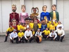 """La comparsa de Gigantes y Cabezudos de Torrejón de Ardoz fue elegida España para inaugurar el 5º Congreso de Controladores Aéreos Internacional, la mayor exposición mundial y foro de la industria de este sector. Así, la comparsa de Gigantes y Cabezudos de Torrejon acudió con sus entrañables figuras de los Cabezudos """"Verrugas"""", """"El Narvi"""", """"El Guardagujas"""" y """"Chorra al aire"""" junto a los Gigantes """"Rey"""", """"Reina"""", """"El Juanjo"""" y """"La Paca"""" y con el nuevo Gigante del Carnaval """"Setelsis"""" y """"Vicente"""". Todos ellos formaron el gran pasacalles que en esta ocasión estuvo acompañado al son de la música de Dulzainas y tamboril como antiguamente bailaban los gigantes Este grupo lleva creado desde el 2013, promoviendo la tradición gigantera por toda España y llevando el nombre de Torrejón de Ardoz a todos los rincones."""